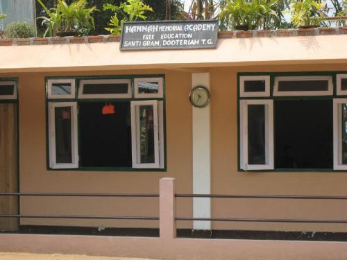 13 Early School Building 2sm